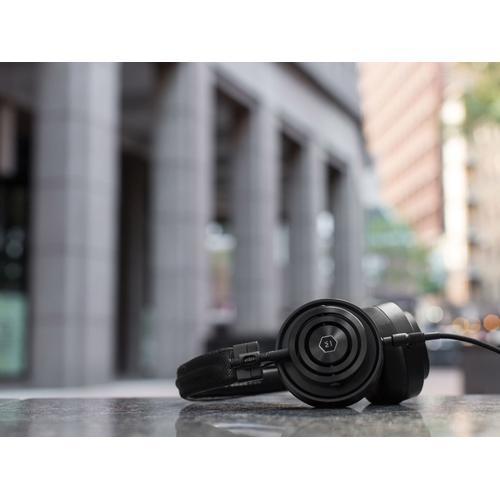 Master & Dynamic 151822 - MH30 On-Ear Headphone # Black